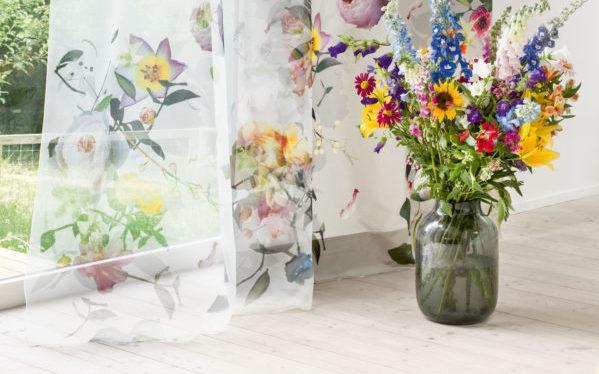 Tagesvorhänge mit Blumen Parkett Maier
