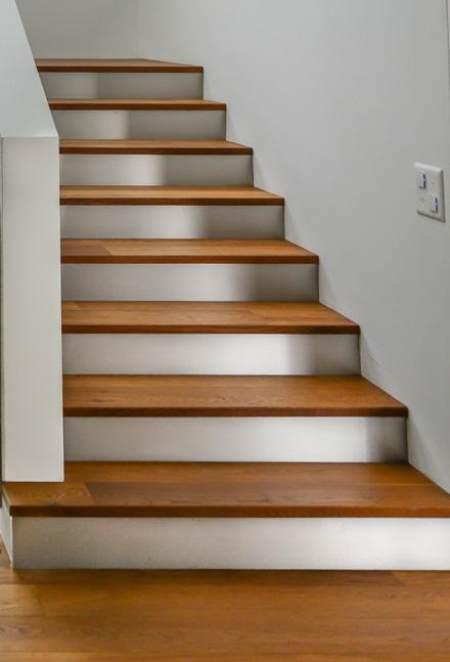 Treppensystem aus Holz Parkett Maier