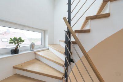 Parkettboden für Treppe